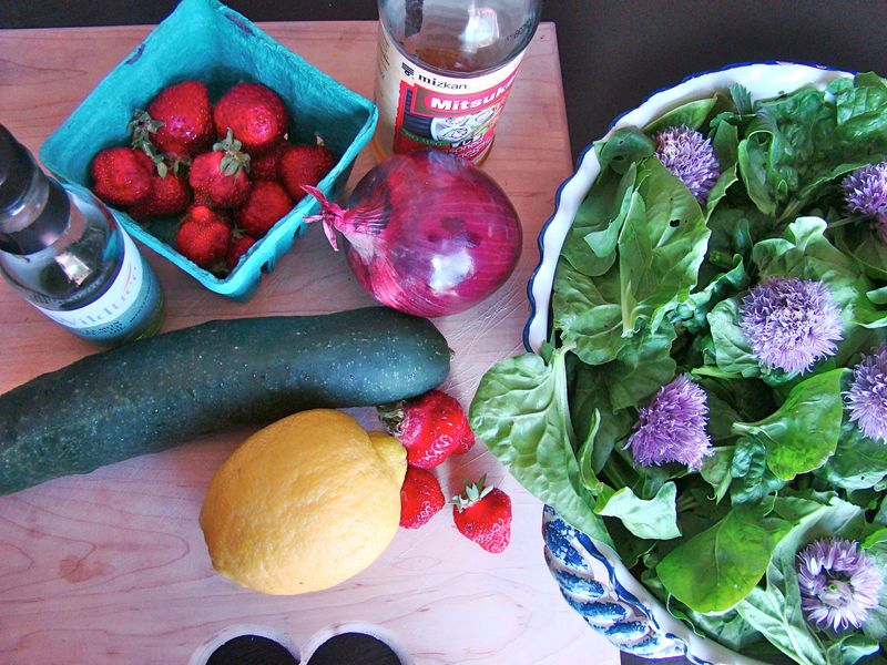 Spinach Strawberry Salad Ingredients