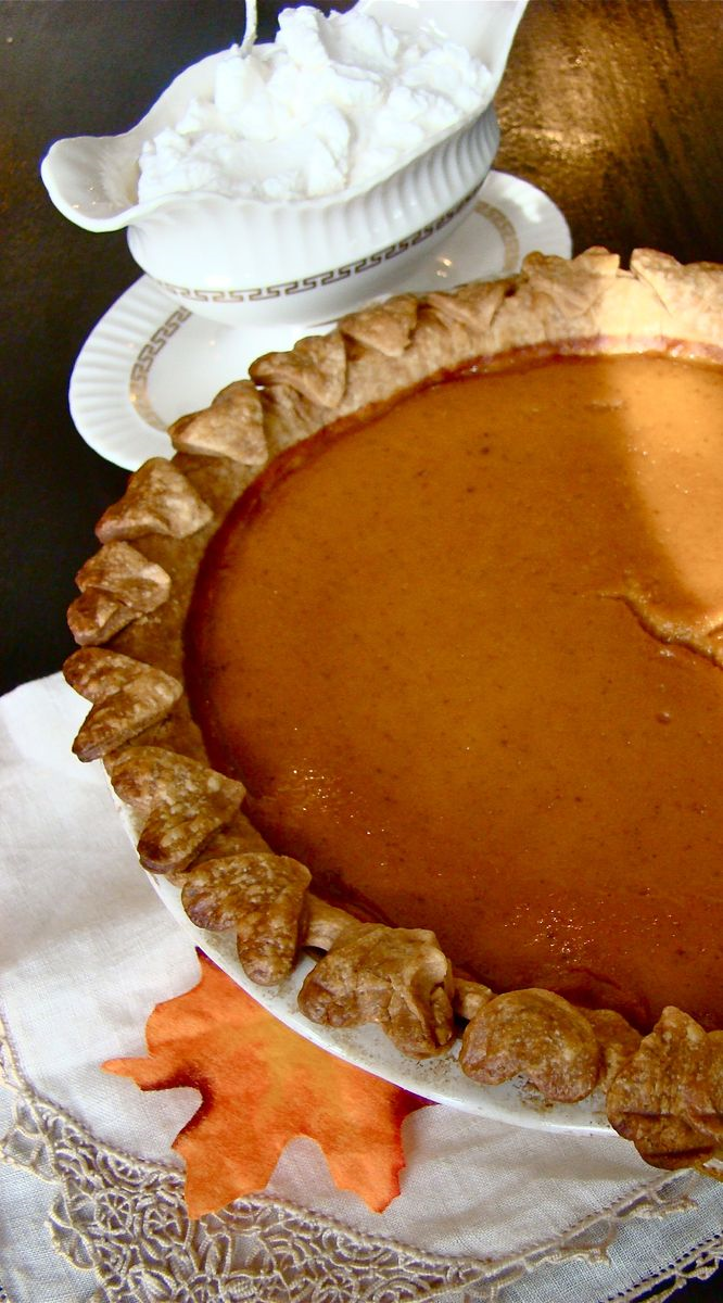 Barefoot Contessa recipe Ultimate Pumpkin pie with Rum Whipping Cream www.whatmattersmostnow.typepad.com