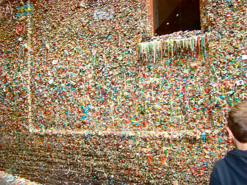 Seattle's Gum Wall whatmattersmostnow.typepad.com